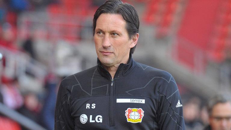 Bayer Leverkusen Coach Under Immediate Pressure