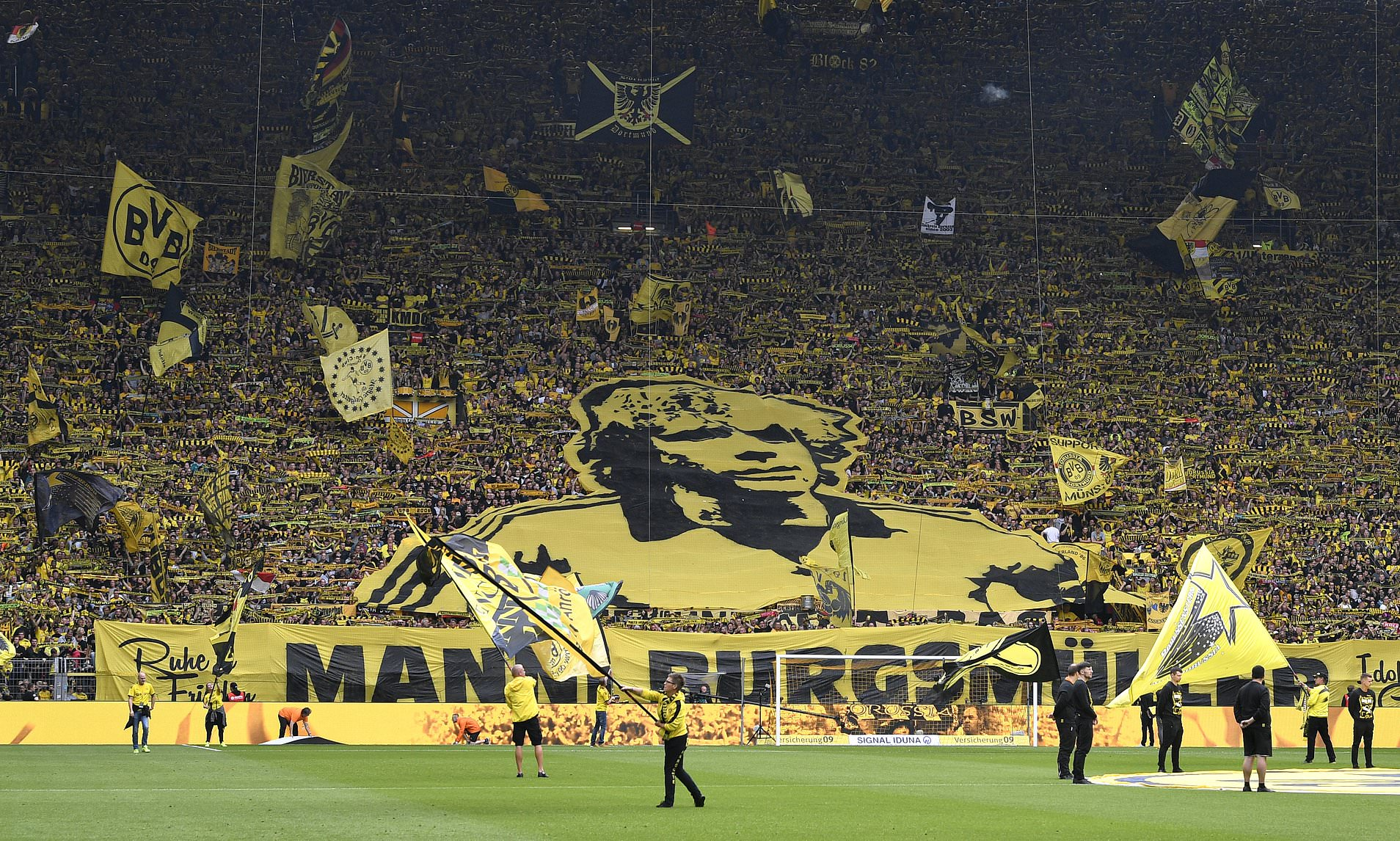 Borussia Dortmund Earn Award for Combating Racism